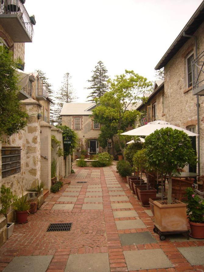 The courtyard of a bed and breakfast we passed. It just looks so romantic.