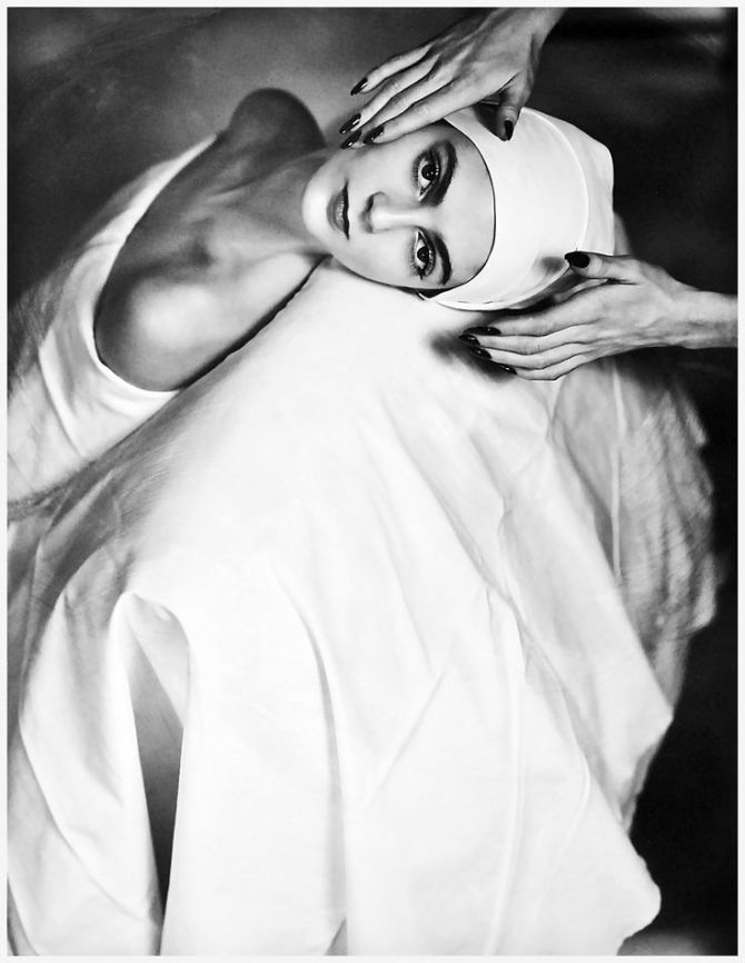 Horst P.Horst – Carmen Face Massage, NY 1946