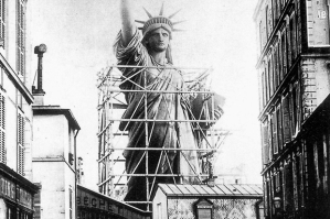 statue_of_liberty_paris