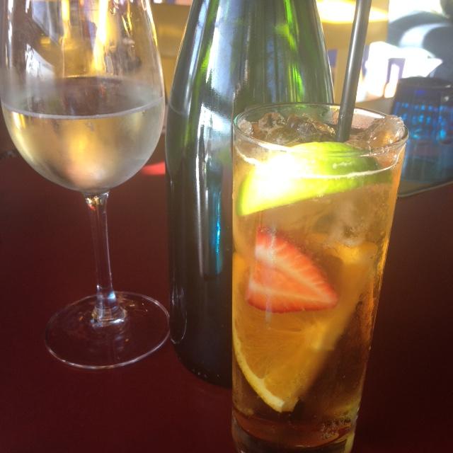 Predinner drinks - mine was a Pimm's